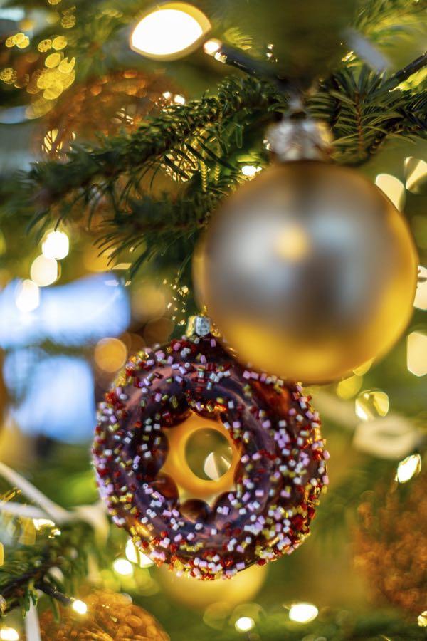 Kerstboom decoratie-figuurtjes: De donut.