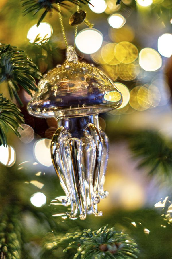 A jellyfish christmas decoration figure