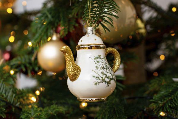 Kerstboom decoratie-figuurtjes: De theepot.