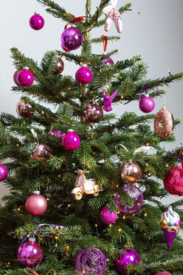 Decorated Christmas tree with pink colors. (Size S)