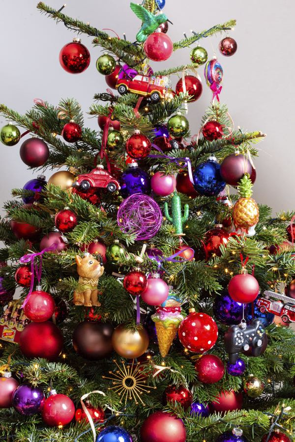 Decorated Christmas tree with different colors. (Size XL)